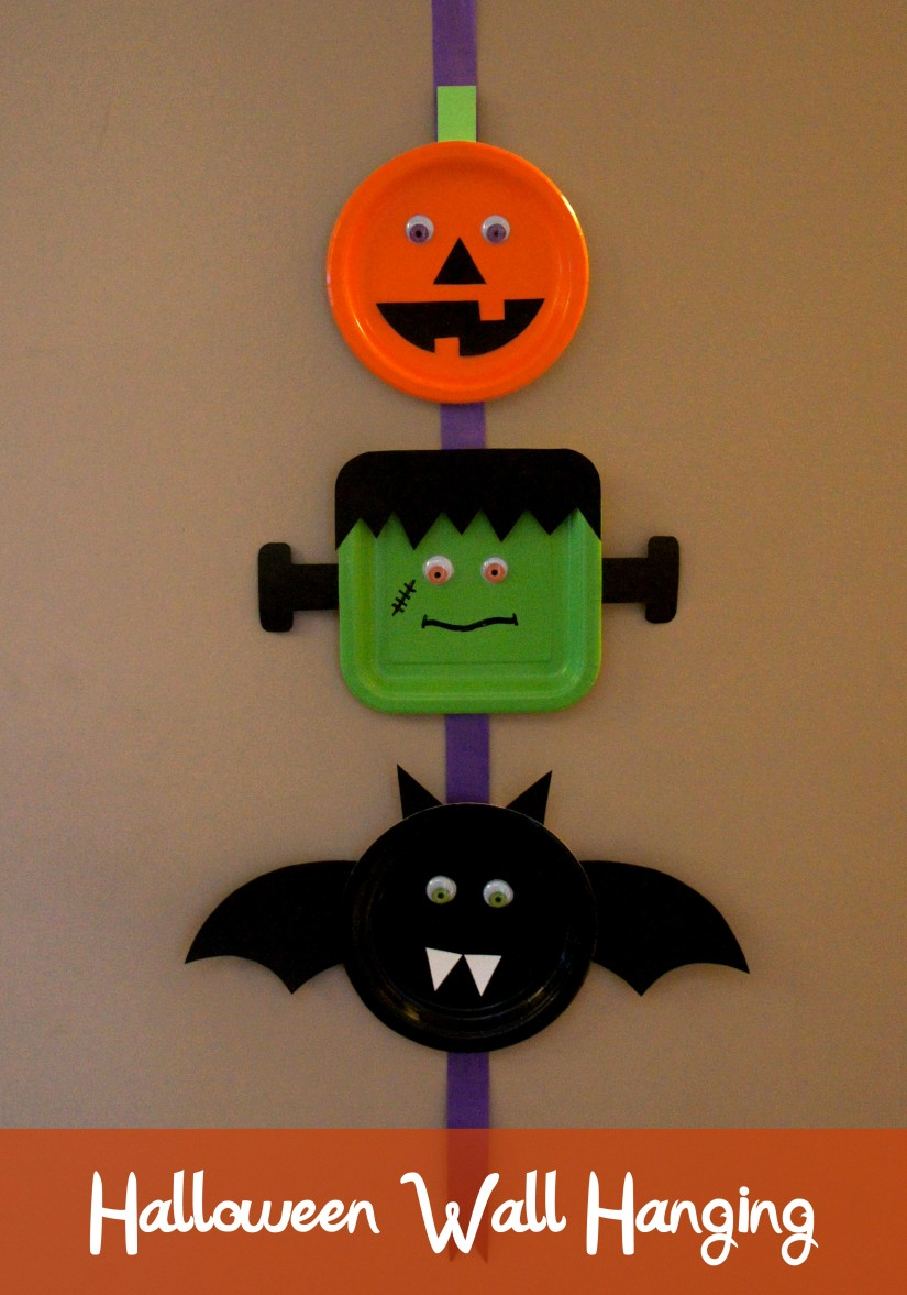 Halloween Wall Hanging Kids Craft with Printable Templates I DolledUpDesign