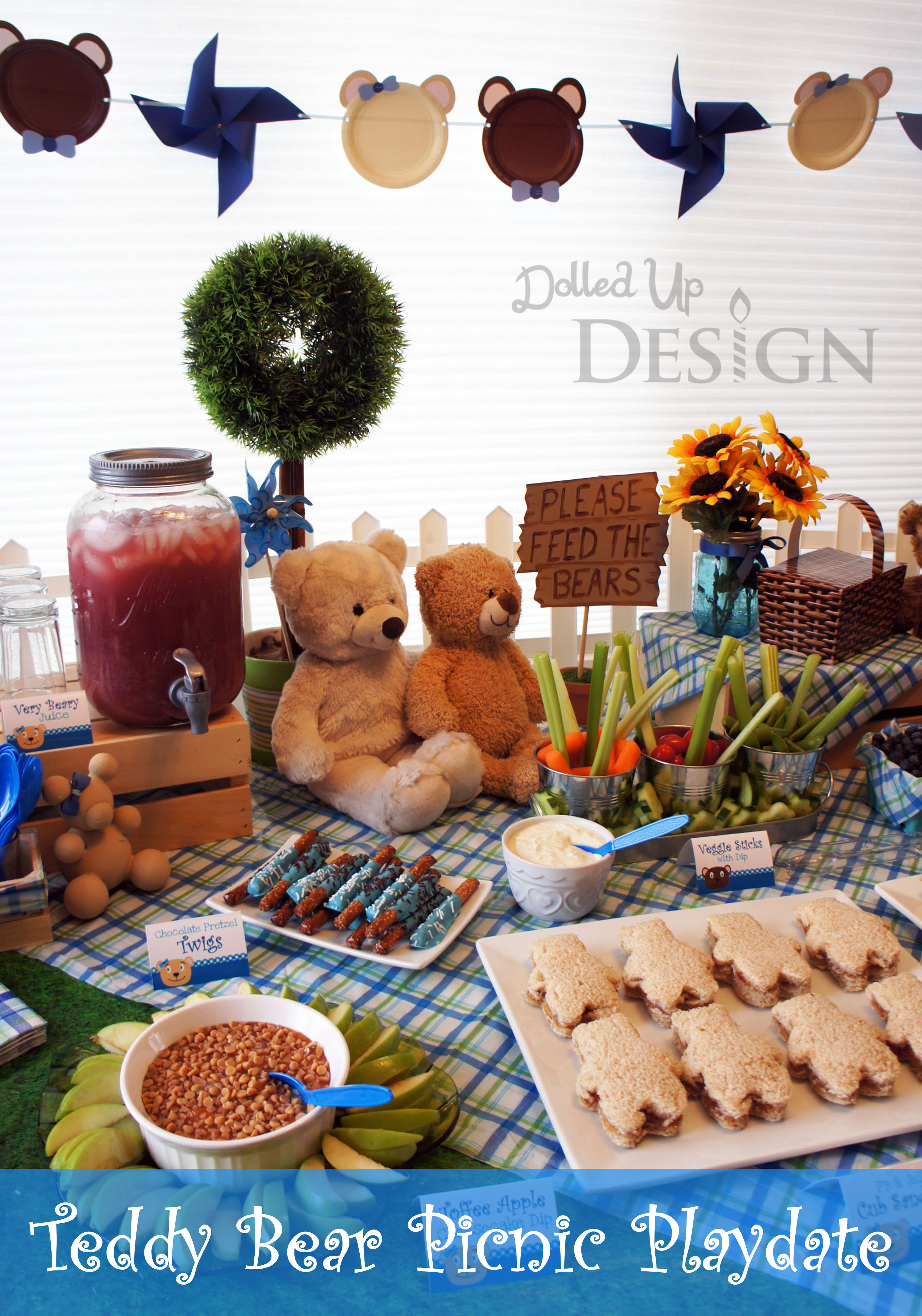 Picnic Time for Teddy Bears!