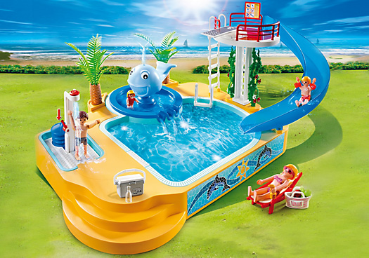 Playmobil_Pool with Whale Fountain