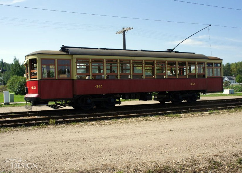 Fort Edmonton Park - Street Car