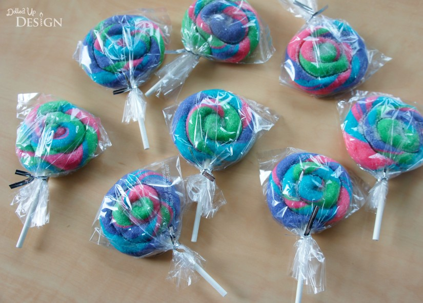School Treat Ideas - Sugar Cookie Lollipops
